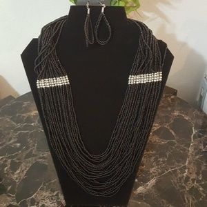 New black and silver seed bead necklace & earrings